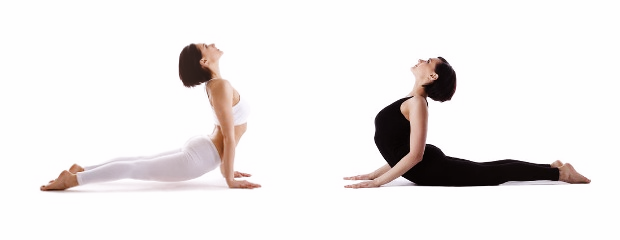 The-Difference-Between-Upward-Facing-Dog-and-Cobra-Pose-2