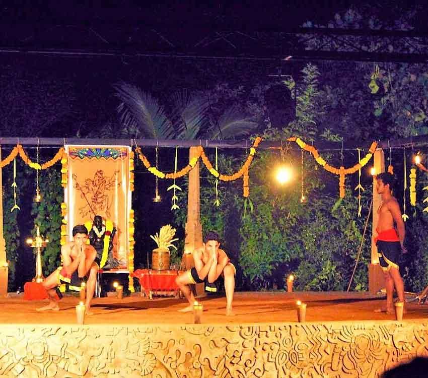 300h YTT South India – Himalayan Yoga Institute